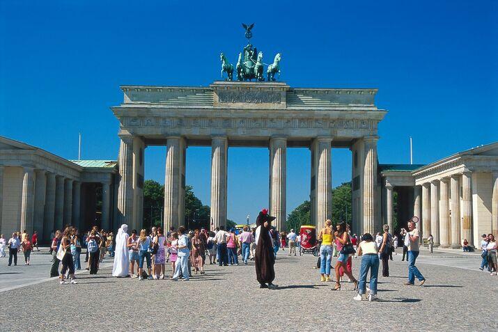 Резултат с изображение за Бранденбургската врата